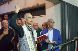 Il Vescovo Raspanti benedice il campo di Basket del Cuore Immacolato di Maria