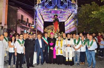 """Don O. Barbarino: """"San Rocco ci sproni a vivere nella logica divina della gratuità""""_Linguaglossa"""