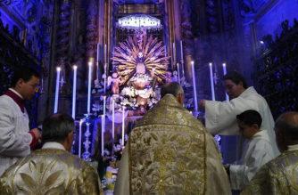 """Don Raffaele Stagnitta: """"Contemplare ed adorare l'Eucarestia per compiere il mandato di Cristo """""""