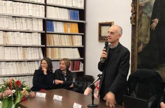 """Inaugurazione mostra al museo diocesano. Il Vescovo Raspanti: """"L'arte manifesta la fede"""""""
