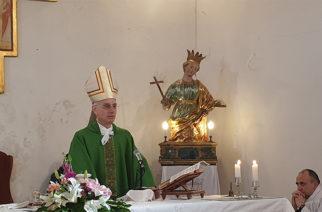 Il vescovo Raspanti a Santa Venera al Pozzo